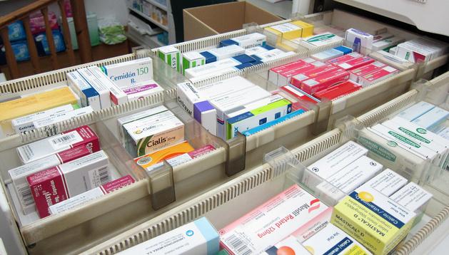 Muestra de medicamentos en una Farmacia
