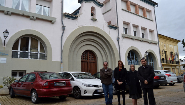 El concejal Pachi Maeztu, María Maestrojuan, la hermana Mª Luisa Lizarraga y Ángel Sánchez Gorricho.