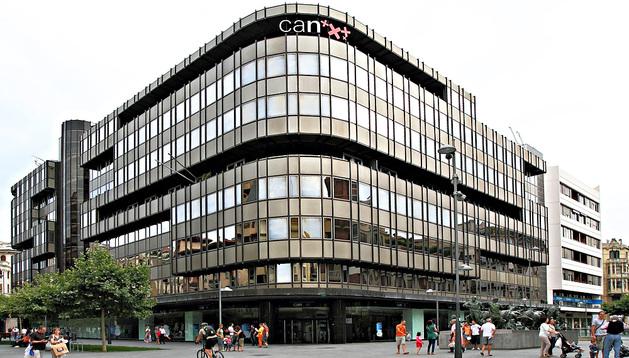 La que fue sede central de CAN, hoy de Caixabank, en la Avenida Carlos III