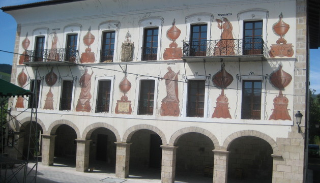 Exterior de la Casa Consistorial de Bera