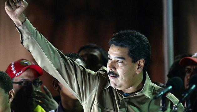 El presidente Maduro celebra la aprobación de poderes especiales