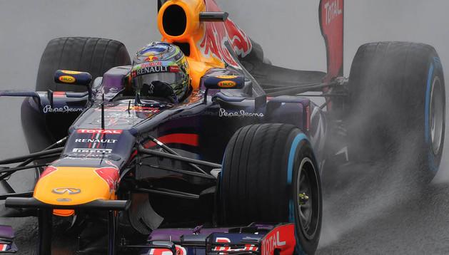 Vettel firma la 'pole' en Brasil