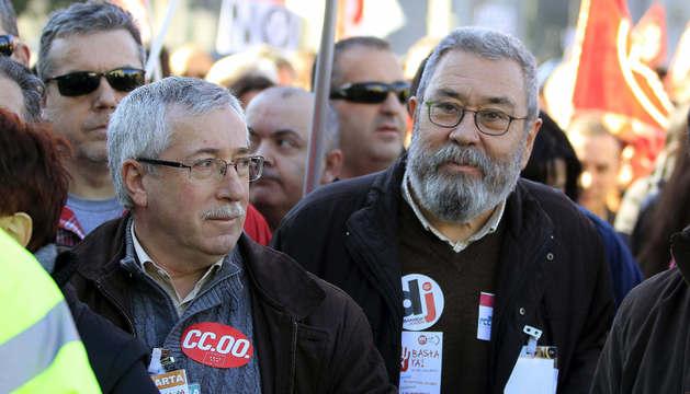 Los secretarios generales de CC OO y UGT, Toxo y Méndez  en la manifestación de este sábado