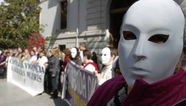 Una protesta en contra de la violencia machista en Granada