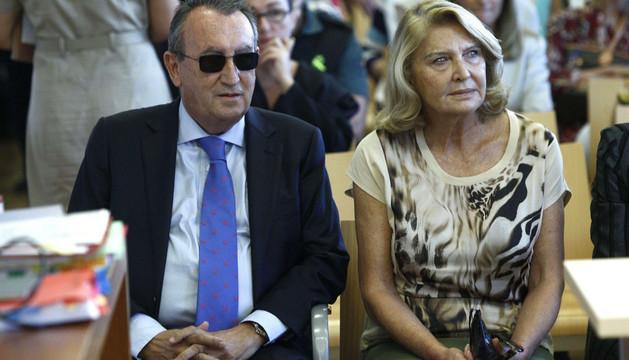 Carlos Fabra y su exmujer en octubre de 2013