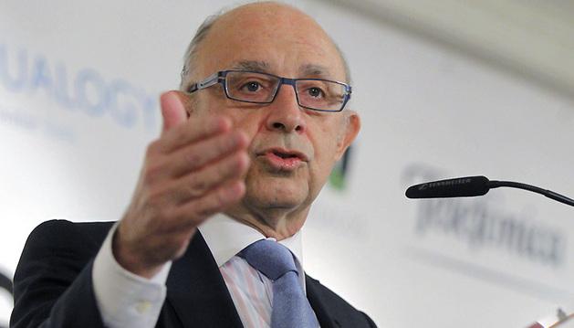 El ministro Cristóbal Montoro, durante su intervención en el desayuno informativo organizado este lunes por Europa Press.