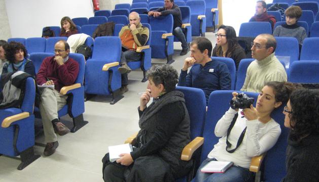 Instante de la sesión de presentación del estudio de Cederna Garalur en Larraintzar