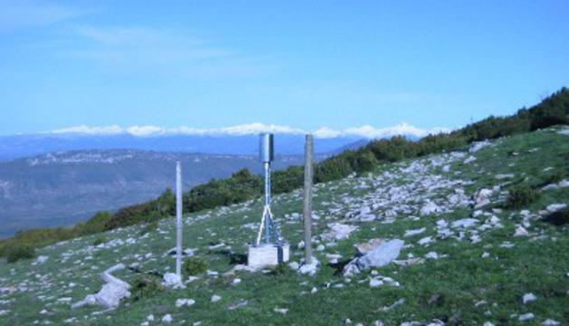 Estación meteorológica en Arangoiti, a 1.353 m. de altitud.