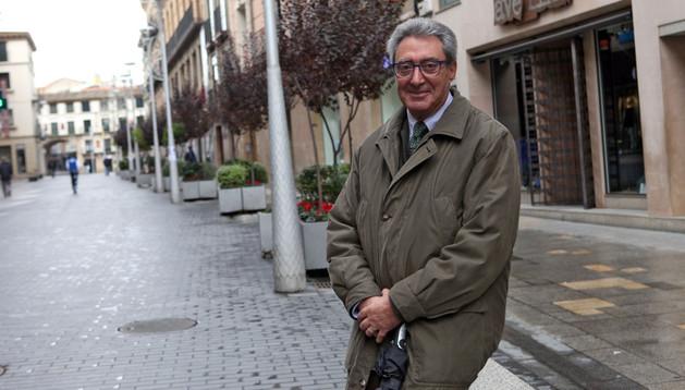 José Manuel Cenzano en la calle Carrera de Tudela