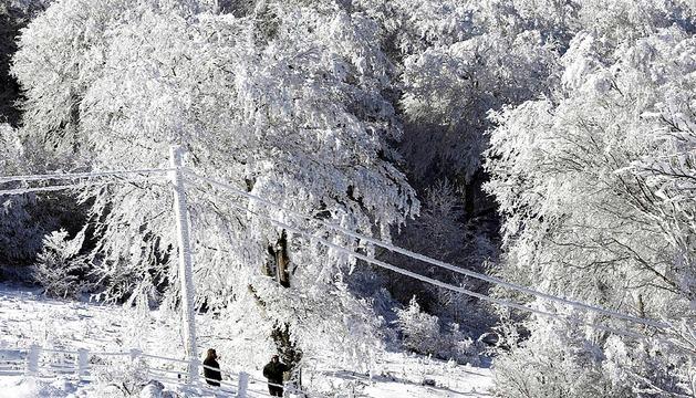 Rincones de Navarra se cubren de nieve