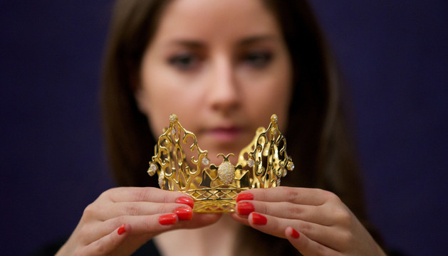 La corona de Victoria Beckham, a subasta