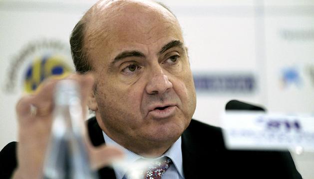 Luis de Guindos, durante su intervención en el XVIII Encuentro de Economía de S'Agaró.