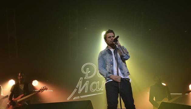 2.000 fans acompañaron a Dani Martín en su concierto en Pamplona de este sábado 30 de noviembre dentro de su gira 'Cero'.
