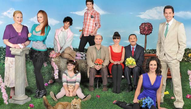 Protagonistas de la serie de televisión 'Aída'