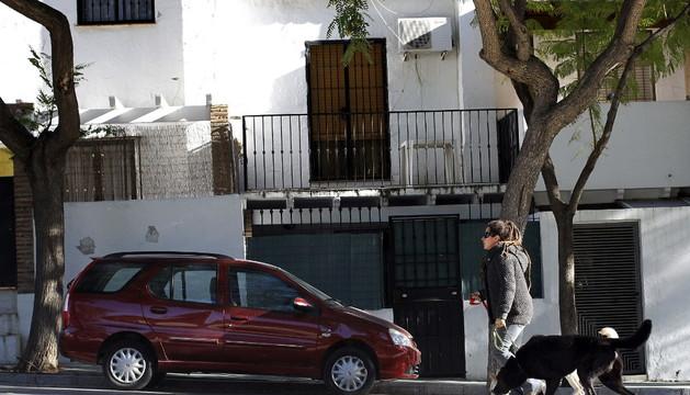 Fachada de la casa de una de las dos mujeres muertas en Torremolinos