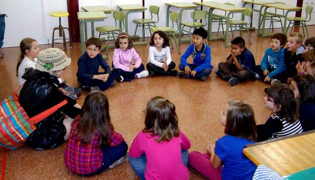 Varios escolares participantes en las charlas