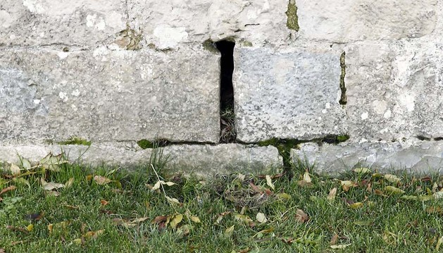 Parte de la muralla donde supuestamente estaba oculto un sobre con destino a Santiago Cervera
