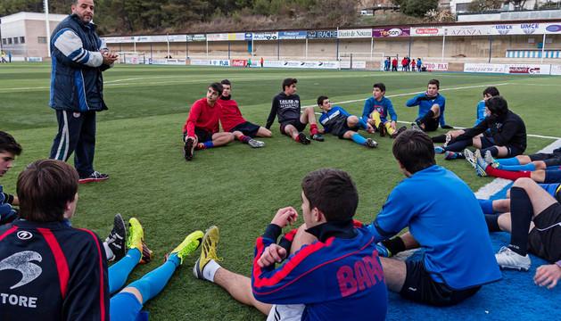 Los jugadores del equipo Liga Cadete Navarra del Club Deportivo Izarra