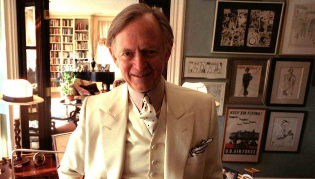 El escritor norteamericano Tom Wolfe