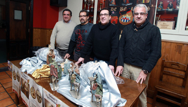 De izda. a dcha., Jesús Álava, Antonio Alcantar, Jesús Manuel García y Javier Lasheras en la presentación de los concursos