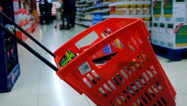 La cesta de la compra, una opción más económica que el carro