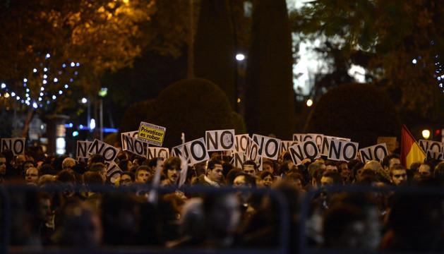 Miles de manifestantes rodearon el Congreso este sábado