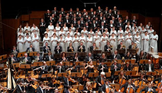 El Orfeó interpretó la obra de Ravel con la orquesta del Capitolio y bajo la batuta de Alain Altinoglu.