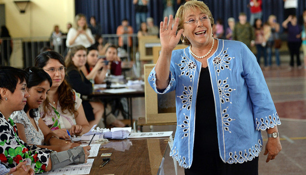 La candidata opositora y expresidenta Michelle Bachelet