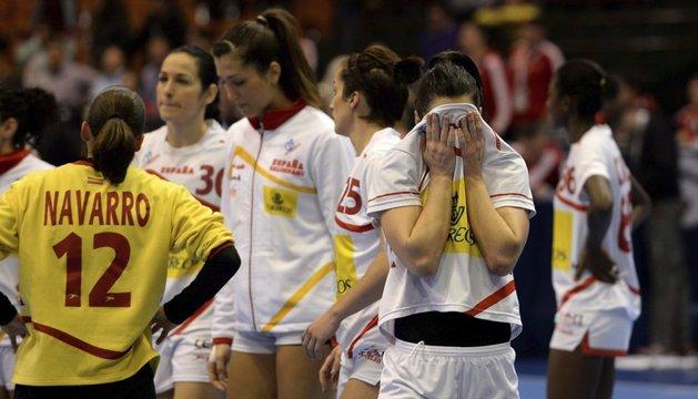 Macarena Díaz se lamenta tras la derrota encajada ante Hungría