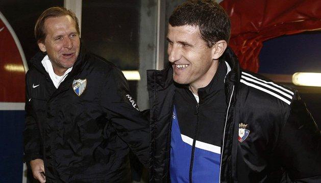 Javi Gracia saluda a Schuster en el partido ante el Málaga