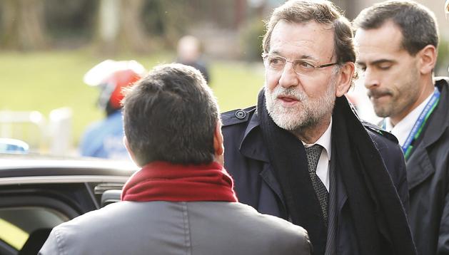 El presidente del Gobierno, Mariano Rajoy, a su llegada a la reunión del Partido Popular Europeo en Meise (Bélgica)