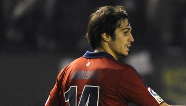 Alejandro Arribas, junto a Benzema en El Sadar