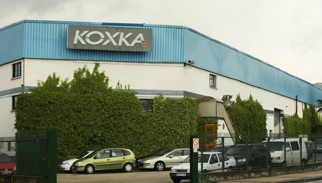 Uno de los accesos a la fábrica ubicada en el polígono de Landaben