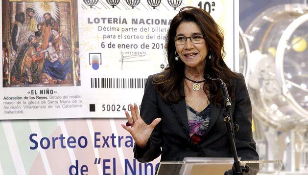 La presidenta de la Sociedad Estatal de Loterías y Apuestas del Estado, Inmaculada García, presenta el Sorteo del Niño de 2014