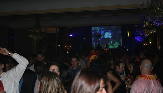 Cotillón de Nochevieja en el Hotel Tres Reyes.