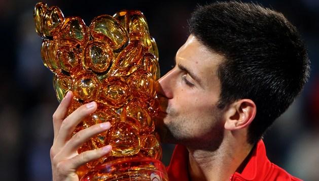 Djokovic, con el trofeo de campeón