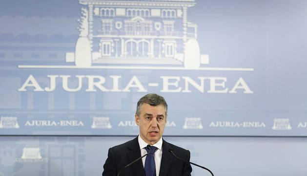El lehendakari, Iñigo Urkullu, durante la rueda de prensa tras el último comunicado de ETA