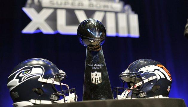 La defensa de los Seahawks choca con el ataque de los Broncos