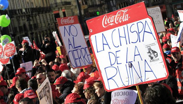 Un momento de la protesta contra Coca Cola en Madrid