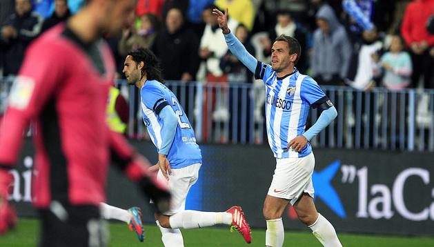 Duda celebra su primer gol al Sevilla