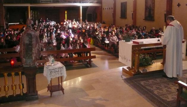 Unas 500 personas acudieron a la bendición de la mañana