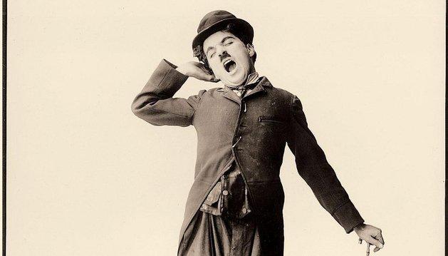 Una fotografía de Charles Chaplin