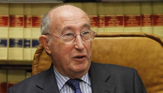 El abogado pamplonés Ángel Ruiz de Erenchun durante la entrevista