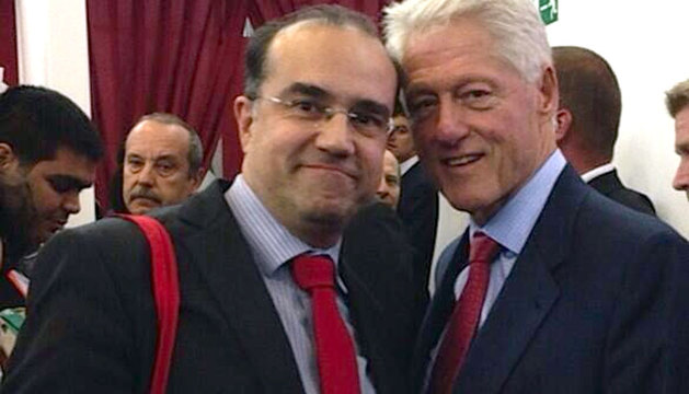 Enrique Alcat, junto a Bill Clinton.