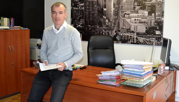 Alberto Caro Trevijano, abogado del matrimonio de San Adrián muestra la sentencia