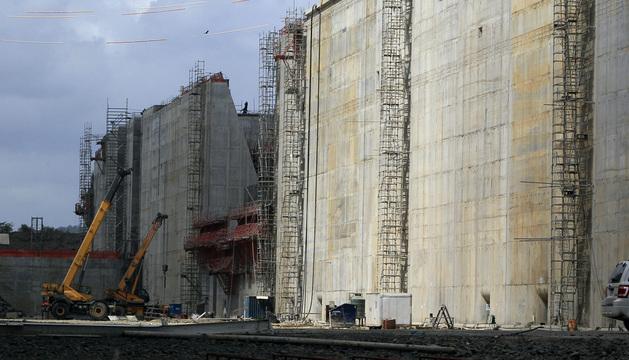 Vista panorámica de las obras del proyecto de ampliación del Canal de Panamá.
