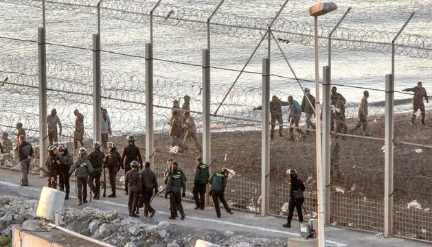El lugar donde fallecieron al menos catorce inmigrantes subsaharianos en Ceuta