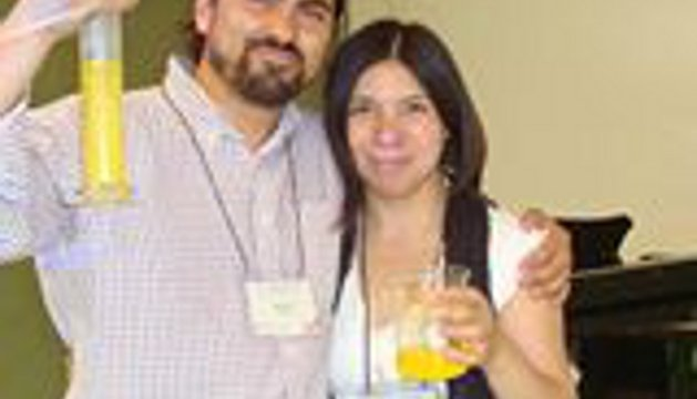 Los formadores Marco Zagal y Betzabé Lillo