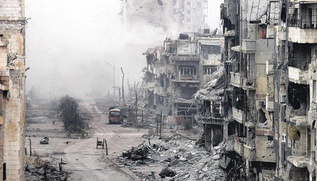 Aspecto de un barrio de la ciudad de Homs bombardeado.