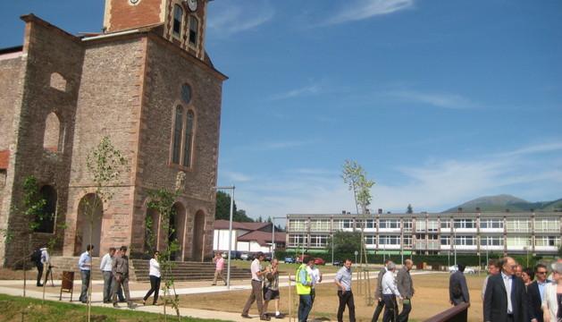 Aspecto parcial de la antigua iglesia de Lekaroz, destinada a vivero de empresas dentro del campus